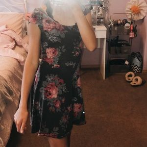 Green/Pink Flower dress